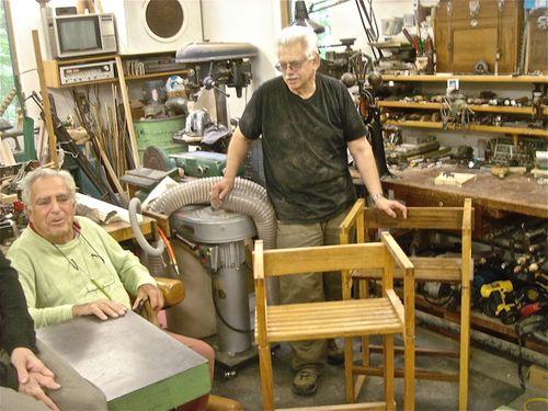 Stephen Cohen & Vladimir in shop