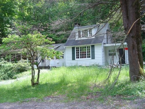 My Parent's Woodstock House now