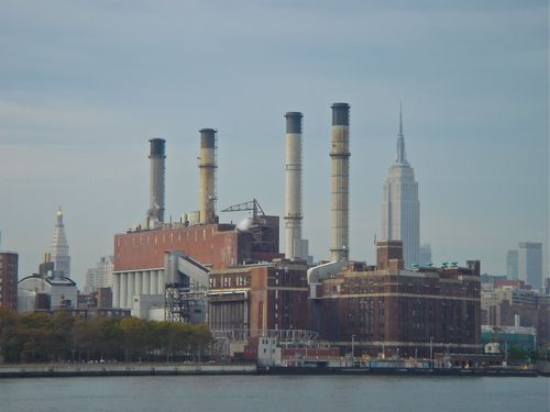 Con Ed Power Plant w:Empite State