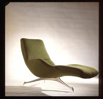 Tri-symetric chaise