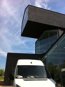 VITRA MUSEUM ANGLES 2