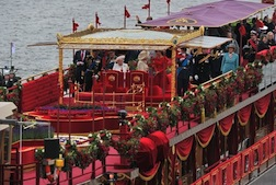 Royal barge 2