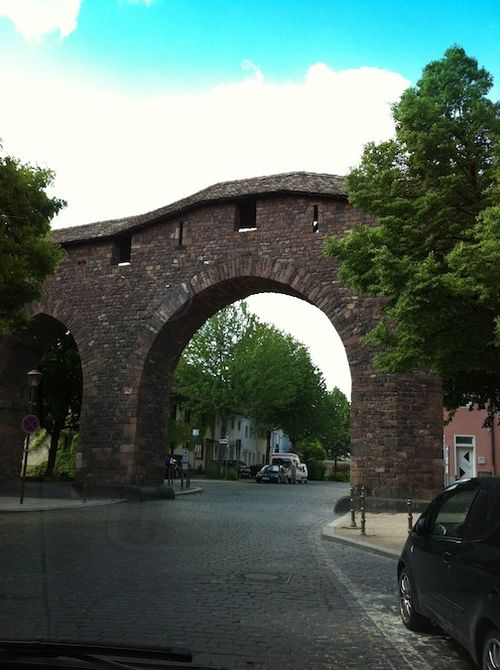 Worms old wall arch