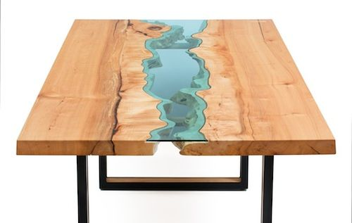 Table closeup 7