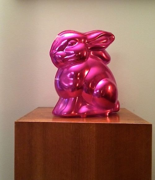 RABIT ON PEDESTAL 7