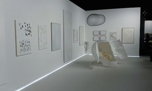 White gallery w:chair 7