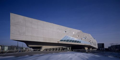 2005_Phaeno Science Centre_photo Werner Huthmacher (2)
