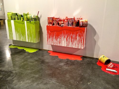INSTALATION PAINT POTS 7
