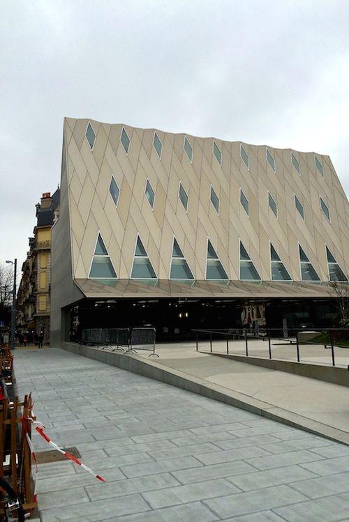MUSEUM BUILDING 7