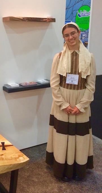 Amish girl  5