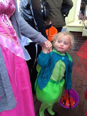 GIRL SMIRKING REEN DRESS 5