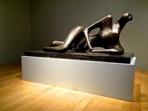 Moore reclining figure 7